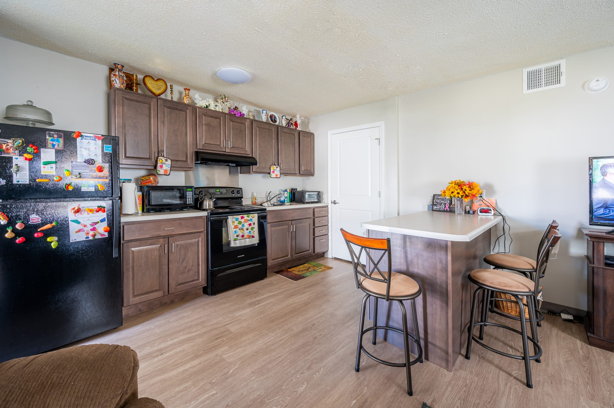 A kitchen in Gregg Court Apartments